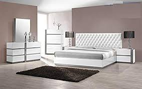 Amazon.com: Modern Seville 4 Piece Bedroom Set Queen Size Bed Mirror ...