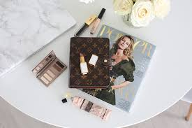 much like my clothing choices when it es to makeup i like to go for a more neutral approach i like to stay in the ivory brown palette as i think