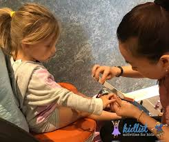 kid friendly nail salons in the