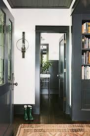 entry black trim