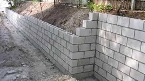 concrete block retaining wall construction