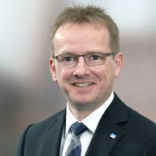 Peter Karg - Zukunftsgestalter InvestmentOffice und Treasury - Volksbank eG  - Die Gestalterbank | XING