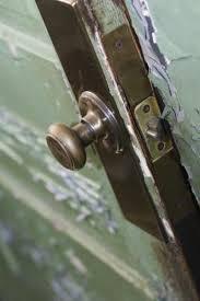how to strip a fiberglass door