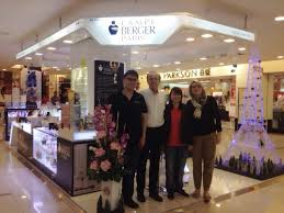 rihard mamez president marie claire marketing from lampe berger paris headquarter france visit the lampe berger paris in sunway carnival mall