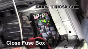 blown fuse check 2004 2007 ford star 2005 ford star 6 replace cover secure the cover and test component