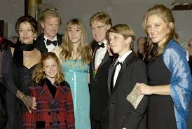 Get to know kids james, shauna, amy and scott. Pain Of His Life Inside Robert Redford S Loss Of His Firstborn And Other Tragedies That Haunt His Memory