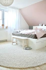 Dunkelgraue Wandfarbe Schlafzimmer