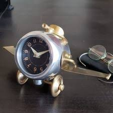 thunderbolt airplane desk clock