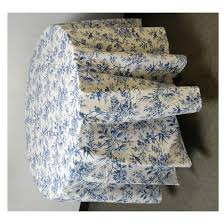 bedding appealing blue round tablecloth 04 14 2017 2 blue and white round tablecloth