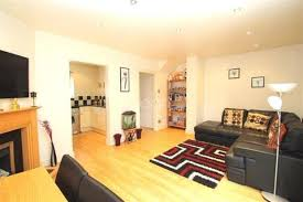2 Bedroom Part Furnished Terraced To Rent On Mead Avenue, Slough,  Berkshire, ...