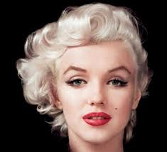 quite naturally hollywood starlets in the 1940s and 50s loved a good fake eyelash with women like