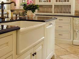 Black Apron Front Kitchen Sink Black And White Farmhouse Kitchens Quicuacom
