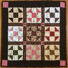 The Constant Quilter: Humble Quilts Swap Linky party & It's time to link up the sweet little doll quilts from Lori's (Humble Quilts)  swap. Adamdwight.com