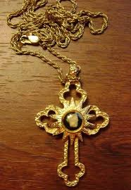 vintage tmns gold plated nativity stone relic cross pendant necklace