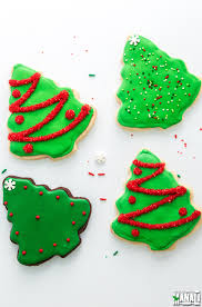 Simple and fun Cookie Decorating Ideas for Christmas! Find the recipe on  www.cookwithmanali