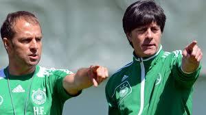 He will replace his former boss joachim löw after the upcoming european championships. Bundestrainer Was Hansi Flick Besser Kann Als Jogi Low