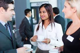 the do s and don ts of networking careerbuilder building up a good network doesn t happen overnight business professionals need a better understanding about what networking is and isn t