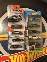Great deals on hot wheels bugatti diecast cars. 2020 Hot Wheels Zamac Bugatti Chiron Lot Of 3 And 5 Pack Matchbox Divo Ebay