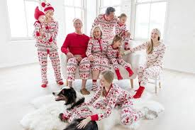 Hanna Andersson is an Oregon-based retailer that has been making family pajama sets for around 30 years, way before they became such a huge social media Best Matching Family Christmas Pajamas | Check What\u0027s