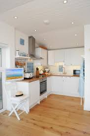 Beach Cottage Kitchen 55 Best Ideas About Cottage Kitchens On Pinterest Islands