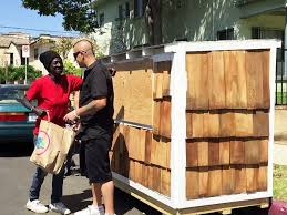 tiny houses for homeless. Elvis Summers Builds Tiny House For Homeless Neighbor In Los Angeles | PEOPLE.com Houses