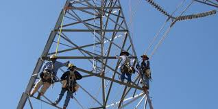 electrical power line installers and repairers these high paying jobs do not require a bachelors degree business