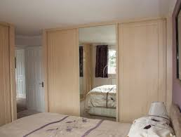 Mirrored Sliding Closet Doors For Bedrooms Mirrored Sliding Closet Doors Makeover Contemporary Bedroom