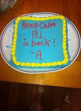 We're so glad #PLL is bAck and this cake by Justine Lynn Marie looks  scrumptious!