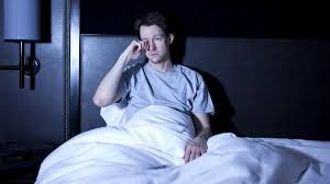 Смертельно опасный недосып: как обуздать гормон ночи и выжить
