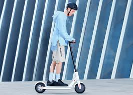 <b>Xiaomi</b> unveils <b>Mi</b> electric scooter <b>1s</b> with <b>foldable</b> design, 30km range