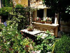 Tavoli Da Giardino In Pallet : Un bel tavolo di giardinaggio lavoro composto dai pallet