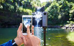 Ricoh Theta V: 5. Auflage der Rundum-Kamera mit Bild und Ton -  fotointern.ch – Tagesaktuelle Fotonews