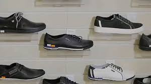 תפסיקו לקנות נעליים - קחו שירותי ריצה במקום - וואלה! עסקים
