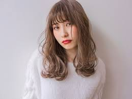 初めてだったのでなりたい髪型が伝わるか不安 Violet バイオレット