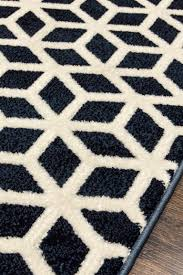 geometric rug pattern. This Geometric Cube Pattern Rug 0