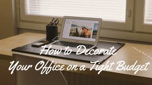 how to decorate your office. How-to-decorate-your-office-on-a-tight- How To Decorate Your Office F