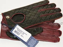 TOMMY HILFIGER COLLECTION MEN'S ITALIAN LEATHER DRIVING GLOVES ... & For sale is a pair of men's BEAUTIFUL and SOFT leather driving gloves  brought to you by Tommy Hilfiger Collection. These gloves have a quilted  black leather ... Adamdwight.com