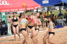 """สีสันขอบสนามบุรีรัมย์เกมส์ การแข่งขันกีฬาแฮนด์บอลชายหาด ประเภททีมหญิง ณ  ลานด้านหน้า สนามช้างอารีน่า - การแข่งขันกีฬาเยาวชนแห่งชาติ ครั้งที่ 35  """"บุรีรัมย์เกมส์"""""""