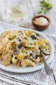 mushroom alfredo pasta pretty simple