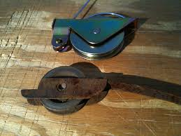 image of how to repair sliding door rollers
