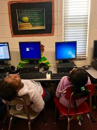 """Kerri Mann on Twitter: """"When you're waiting on the dinosaurs to build your  profile 😩 😴 💤🖥🦕 🖥🦖 #edtech #blessit… """""""