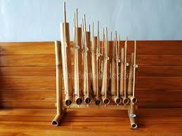 Jenis alat musik berdasarkan sumber bunyinya. Distributor Alat Musik Tradisional Angklung Bali Madaniah