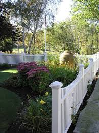 front yard fence design. Design Ideas For A Traditional Partial Sun Front Yard Landscaping In Manchester. Fence C