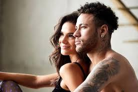 Neymar Jr. desarquiva fotos com Bruna Marquezine e fãs suspeitam da  possível volta do casal