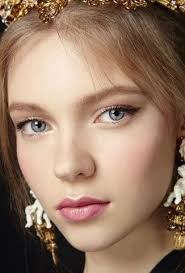 natural makeup runway beauty italy inspired romance at dolce gabbana s s 2016 makeup for life you only need to know some tricks to achieve a perfect