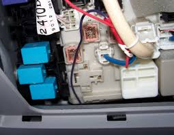 power window lock switch fuse? toyota rav4 forums Toyota Rav4 Fuse Box another symptom to verify this would be the power outlet in front of the cupholder would be dead if it is the bat fuse, that would toyota rav4 fuse box diagram