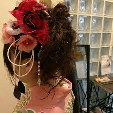 卒業式は沢山のお客様で賑わいました 春のヘアスタイルもワイワイ