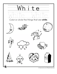 Since colours are an elementary level topic, try not to overwhelm students by introducing too many words at a time. Learning Colors Worksheets For Preschoolers Woo Jr Kids Activities