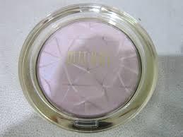 Milani Hypnotic Lights Luster Light Powder Highlighter 100 01 Beaming Light