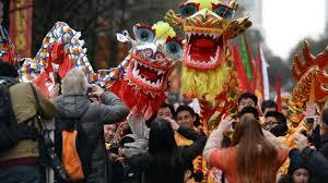 Barongsai naga ini berbentuk naga dan dimainkan sekitar sembilan orang. Bagaimana Naga Bisa Mengeluarkan Napas Api Ini Penjelasan Ilmuwan Global Liputan6 Com